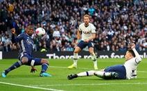 Tottenham thoát thua trước Watford bởi bàn thắng gây tranh cãi