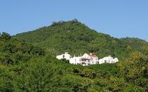Nhà đầu tư chống 'lệnh' tỉnh, xây biệt thự trên núi Cô Tiên