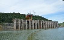 Mực nước sông Đà thấp kỷ lục 30 năm vì khô hạn