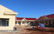 Xây công trình nông thôn mới, thu tiền từ... học sinh
