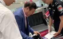 Ông chủ Huawei dùng iPad, dân mạng Trung Quốc giận dữ