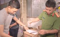 Video: Bắt đối tượng tuồn gần 12 tấn bột ngọt, hạt nêm giả lên Đắk Lắk