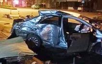 Ba người chết trong ôtô biến dạng sau cú tông của xe giường nằm