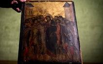 Góc bếp một cụ bà lộ ra bức tranh thời trung cổ giá 24 triệu euro