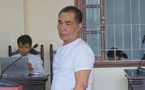 Án chung thân cho cụ ông 74 tuổi giết hàng xóm bằng xẻng