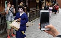 'Quận geisha' mạnh tay chặn thói chụp ảnh vô tội vạ của du khách