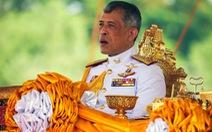 Nhà vua Thái tiếp tục sa thải quan chức 'phạm tội tày đình'