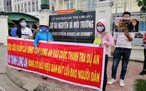 Hàng trăm người đến Tỉnh ủy Long An nhờ tìm công ty bất động sản