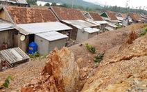 Di dời dân từ nơi ngập lụt đến nơi… sạt lở