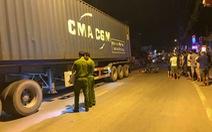 Xe máy va chạm xe container trên đường Nguyễn Duy Trinh, 1 người chết tại chỗ