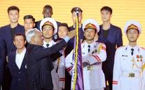 CLB Bóng đá Hà Nội nhận Huân chương Lao động hạng ba