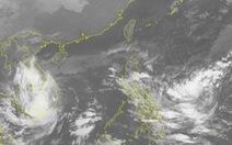 Tâm áp thấp nhiệt đới ngay Nam Trung Bộ, TP.HCM mưa cả đêm