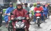 TP.HCM tiếp tục mưa trái mùa, thời tiết mát mẻ