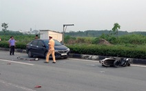 Xe máy qua đường bị ôtô hất văng, vợ chết, chồng nguy kịch