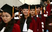 Báo động người học thạc sĩ bỏ chọn trường công, 'chạy sang' trường tư