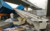UBND TP.HCM yêu cầu xử lý sai phạm vụ sập cầu vượt đi bộ Suối Tiên