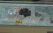 Nổ súng cướp tiệm vàng táo tợn ở Hóc Môn