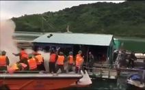 Đoàn cưỡng chế bè nuôi thủy sản ở Quảng Ninh bị quăng bom xăng