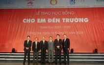 Tặng 400 suất học bổng đến học sinh nghèo hiếu học tỉnh Đồng Nai