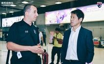 Trợ lý tuyển Thái khiếm nhã với ông Park bị sa thải?