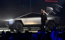 Tỉ phú Elon Musk tự tin chốt 150 ngàn đơn hàng sau sự cố bể kính xe Cybertruck