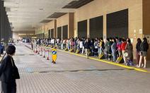Người Hong Kong 'rồng rắn' xếp hàng đi bầu hội đồng lập pháp địa phương
