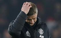 M.U đánh rơi chiến thắng trước đội mới lên hạng Sheffield United