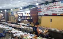 Đóng cửa đường sách ở Huế vì bán sách giả, sách lậu
