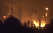 Nổ nhà máy hóa dầu, 60.000 người ở 4 thành phố Mỹ phải di tản