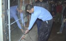 Video: Tử hình kẻ phóng hỏa đốt tiệm hoa của người yêu làm 2 người tử vong