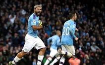 Aguero và Walker 'nổ súng', M.C lội ngược dòng đá bại Southampton