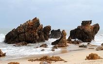 Bơi sông, tắm biển Nhật Lệ, ngắm bãi Đá Nhảy nổi tiếng Quảng Bình