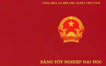 Miễn nhiệm chủ tịch HĐND thị xã Gia Nghĩa, Đắk Nông vì không có bằng đại học