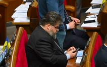 Nghị sĩ Ukraine nhắn tin cho gái gọi khi đang họp quốc hội