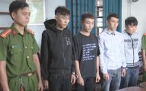 Video: Bắt băng nhóm chặn xe công an để cướp