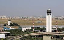 Quá tải cả tần số liên lạc, sân bay Tân Sơn Nhất chia 2 khu điều hành bay