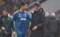 HLV Sarri: 'Ronaldo rất tức giận khi bị thay ra'