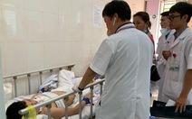 Bệnh nhân nam giật tóc, lên gối nữ điều dưỡng mang thai 4 tháng