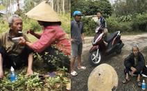 Hai mẹ con mang cơm nước tìm người thân cho cụ ông đi lạc trên núi