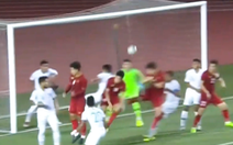 Video: Pha đánh đầu gỡ hòa tuyệt vời của Thành Chung vào lưới Indonesia