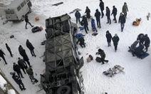 Xe buýt rơi xuống sông băng ở Nga, 19 người chết