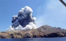 Vì sao New Zealand không dự đoán được núi lửa phun trên đảo du lịch khiến 5 người chết?