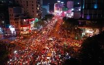 Video: Flycam toàn cảnh ăn mừng chiến thắng của người hâm mộ Việt Nam