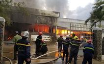 Cháy xưởng gỗ 500m2 cạnh kho gas trên đường Nguyễn Công Hoan, Đà Nẵng