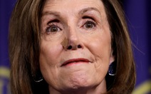 Ông Trump gửi thư 6 trang 'dằn mặt', bà Pelosi nói 'thật bệnh hoạn'