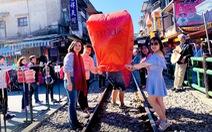 Du lịch nước ngoài trải nghiệm đón Tết
