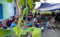 Bắt quả tang 56 người dựng lều đánh bạc ở ngoại thành Nha Trang