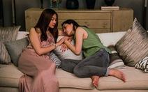 Chị chị em em: Phim giật gân và vỏ bọc dục tính
