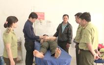 Video: Hàng chục lâm tặc vây chém kiểm lâm để giải cứu đồng bọn