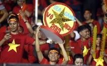 CĐV Việt Nam tại Philippines vỡ òa trước chiến thắng của thầy trò ông Park